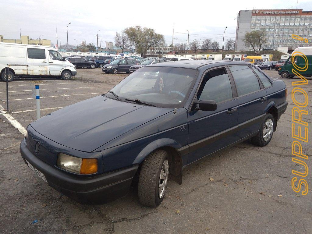 Компания по продаже и обмену автомобилей в городе Гомель предлагает по доступной цене легковой автомобиль Фольксваген Пассат в3: 1990 г в. 1.8 бензин гур Проверка и оформление документов,    сверка но ...